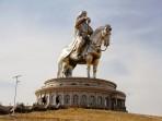 genghis-khaan-horse-statue