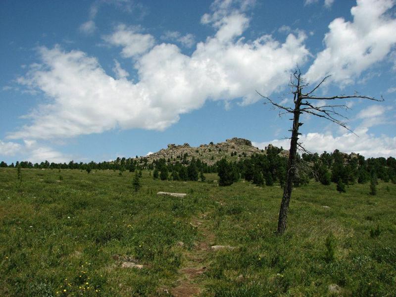 tsetsee-gun-peak